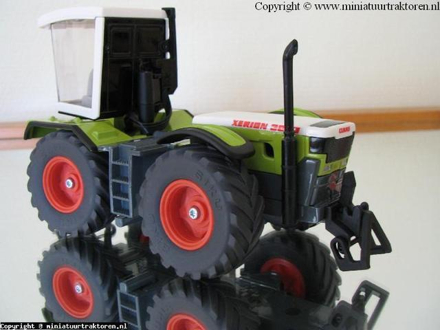 Claas Xerion 3000 5