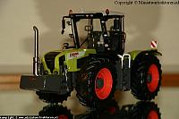 UH Claas Xerion 3300 12